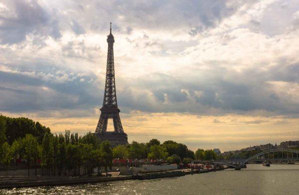 Globus Holidays ( Eiffel Tower)